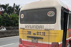Vụ nữ hành khách bị hành hung: Xe buýt 'dù' của người nhà vẫn ngang nhiên hoạt động