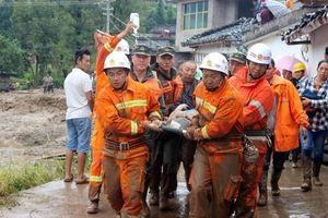 Trung Quốc tìm kiếm 13 người mất tích sau trận lở đất ở Sơn Tây