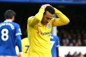 Cựu sao Liverpool: 'Chelsea cầm nhiều bóng để làm gì?'