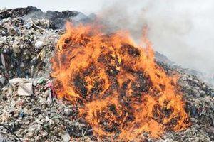 Cụ bà 83 tuổi chết cháy trong bãi rác