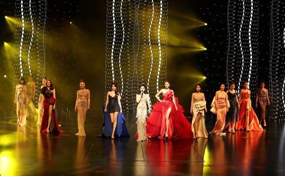 Đua nhau tổ chức Hoa hậu nửa mùa