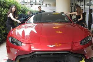 Bộ đôi siêu xe hơn 10 tỷ đồng Aston Martin chính hãng về Việt Nam