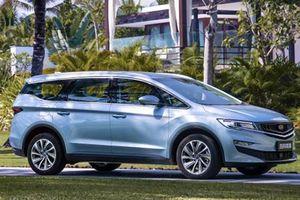 MPV Geely giá từ 345 triệu đồng 'đối thủ' Toyota Innova