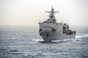Chiến hạm Mỹ bị cách ly trên biển do virus bùng phát