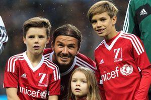 3 con trai của Beckham cảm thấy áp lực khi bị bố hướng theo nghiệp bóng đá