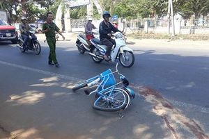 Nữ sinh lớp 7 bị xe ô tô kéo lê 30m tử vong