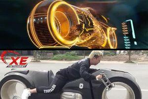 Đức 'Tào phớ' lái siêu mô tô Tron Light Cycle có chất như trong phim?