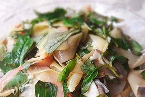 Tối nay ăn gì: Đổi gió với gỏi bắp chuối luộc