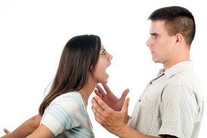 Những điều nên tránh khi vợ chồng xảy ra cãi nhau