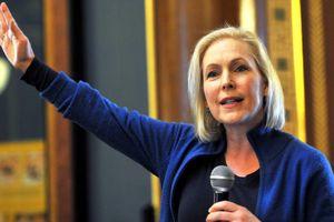 Nữ Thượng nghị sỹ Đảng Dân chủ tuyên bố tranh cử Tổng thống Mỹ