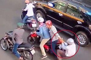 Đôi nam nữ dùng xe máy trộm được để đi cướp giật