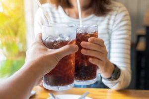 Soda và đồ uống thể thao có thể gây chết sớm