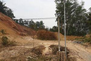Dự án 'xẻ đồi xây trường' ở TP Điện Biên Phủ: Cty Ánh Tuyết ngang nhiên hủy hoại tài sản công dân?