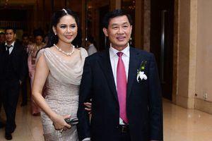 Chỉ một quyết sách, nhà chồng 'siêu giàu' của Hà Tăng nhận cả trăm tỷ đồng 'tiền tươi'