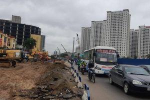 Đường cửa ngõ Hà Nội vẫn ngổn ngang sau gần 3 năm thi công mở rộng
