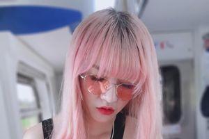 Truy lùng info cô nàng tóc hồng đã xinh đẹp lại còn là cao thủ gắp thú bông, tốn hơn chục triệu để luyện thành công