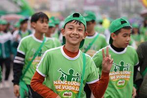 Hơn 10.000 người đi bộ trong Ngày hội Vì thế hệ Việt Nam năng động