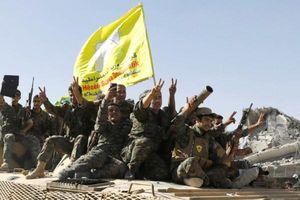 Hàng loạt phiến quân IS đầu hàng khi SDF kiểm soát được khu vực quanh sông Euphrates