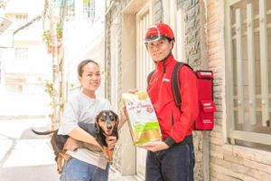 Mua và ship đồ ăn cho thú cưng, hãy để 'Sen' Lo-Pet tiếp ứng trong 1 giờ
