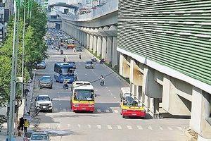 Hà Nội điều chỉnh nhiều tuyến buýt để tăng cường kết nối với đường sắt đô thị