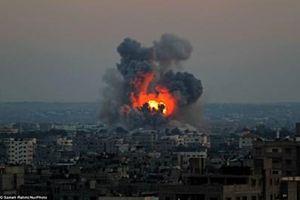 'Chảo lửa' Gaza cháy trở lại, Israel tuyên bố nã tên lửa ồ ạt cứ điểm Hamas