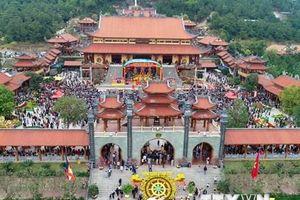 Làm rõ thông tin chùa Ba Vàng truyền bá chuyện vong báo oán