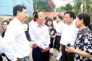 Thứ trưởng Võ Tuấn Nhân kiểm tra công tác bảo vệ môi trường tại làng nghề tái chế chì Đông Mai