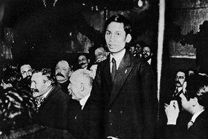 Hồ Chí Minh: Từ Quốc tế Cộng sản đến con đường đi lên chủ nghĩa xã hội ở Việt Nam