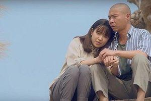 Kim Oanh 'hốt hoảng' trước thông tin 'phim giả tình thật ' với Công Lý