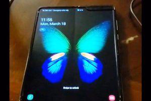 Video cho thấy điểm yếu 'chí mạng' của Galaxy Fold màn hình gập?