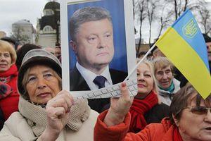 Ukraine tiếp thu dân chủ: Bầu cử không cho Nga giám sát