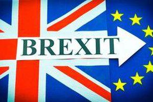 Xung quanh đề xuất lùi Brexit của Anh