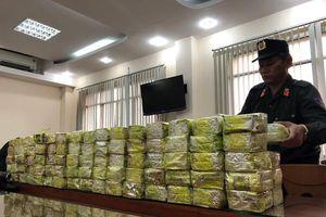 300 kg ma túy 'quá cảnh' Việt Nam trị giá 100 tỉ, chuẩn bị... xuất ngoại