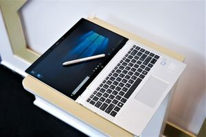 HP trình làng laptop hoạt động đa chế độ