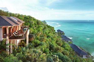 Vịnh Lăng Cô xứng danh thiên đường du lịch biển ở Huế
