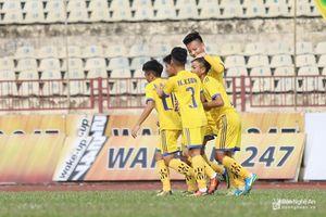 Học trò Như Thuật - Văn Quyến đại thắng 8-0 ngày ra quân