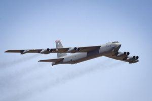 Mỹ ồ ạt triển khai 6 'Pháo đài bay' B-52 tới châu Âu để đối phó Nga