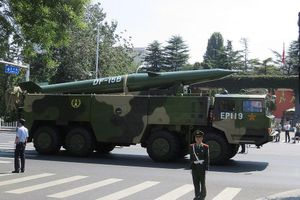 Tên lửa đạn đạo Trung Quốc, nỗi ám ảnh của Mỹ
