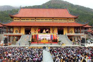 Quảng Ninh: Yêu cầu làm rõ thông tin chùa Ba Vàng truyền bá chuyện vong báo oán