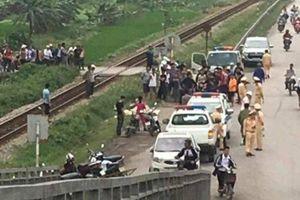 Tàu hỏa tông xe SH ở Hải Dương, 2 phụ nữ tử vong