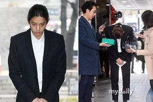 Tòa án Seoul bắt đầu xét xử Jung Joon Young vụ quay lén clip nóng