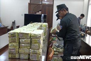 Cảnh sát ập vào kho hàng bắt ông trùm người Trung Quốc cùng hàng trăm kg ma túy