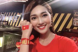 Bạn gái tin đồn của Phan Văn Đức thông báo thi Hoa hậu Hoàn Vũ?