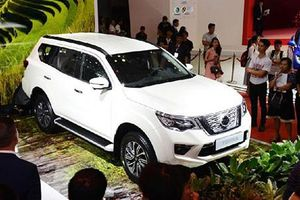 Nissan Terra giảm giá cạnh tranh Ford Everest tại Việt Nam