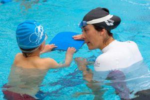 Phát động ngày hội học sinh toàn trường học bơi