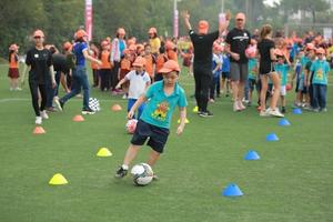 Truyền cảm hứng yêu thích thể thao trong ngày hội dành cho học sinh tiểu học Hà Nội