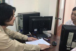 Tức tốc bay ra Hà Nội, đạo diễn Hoàng Nhật Nam chính tay viết tâm thư gửi tòa
