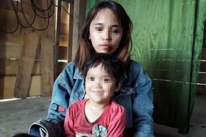 Nghi con gái 4 tuổi bị xâm hại, người mẹ cầu cứu khắp nơi