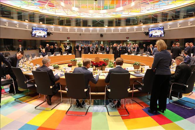 EU nhất trí hoãn Brexit tới 12/4 nếu thỏa thuận với châu Âu tiếp tục bị bác bỏ