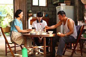 Phim điện ảnh 'So Long, My Son' chính thức công chiếu, loạt ảnh cảm xúc của Vương Nguyên phát hành
